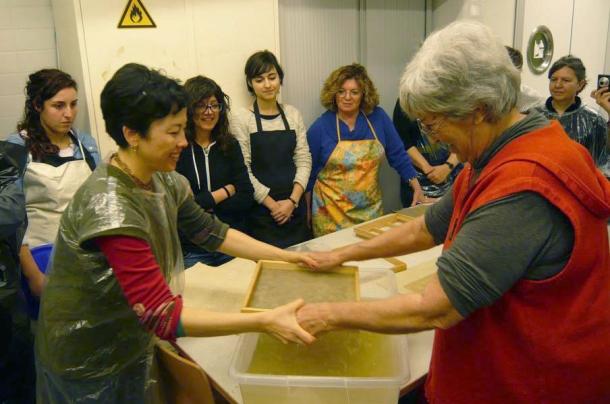foto Larrea, formación de la hoja papel japonés