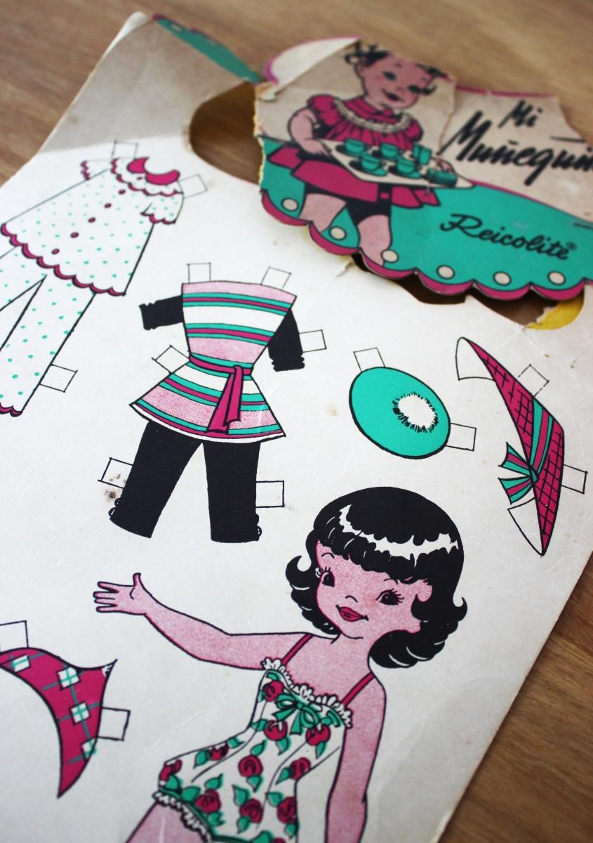 Pequeña (y personal) historia de las muñecas de papel: especial de Navidad