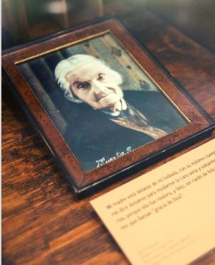 Retrato de su made, Petronila Alcayaga. Donación Atkinson. Museo Gabriela Mistral de Vicuña.