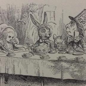 La cuestión alimenticia en Alice's Adventures in Wonderland.  Algunas notas sobre pastelillos, bebidas y otros alimentosmágicos